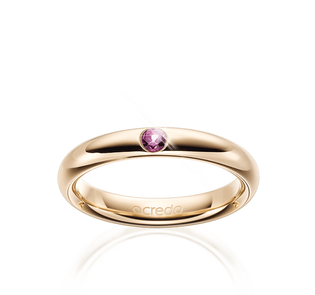 Ring with pink safir
